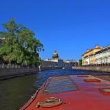 Экскурсия. По реке Мойке к Синему мосту.