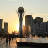 Астана, бульвар Нуржол в сторону Астана-Байтерек